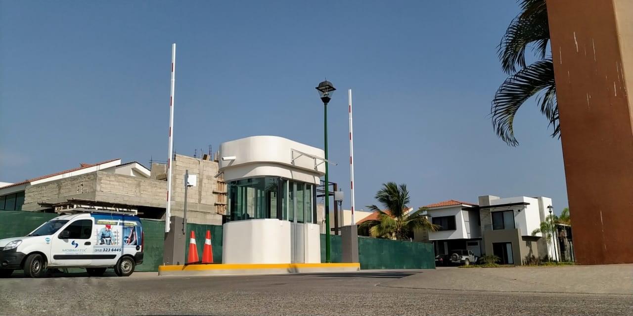 Vista Lagos, Paradise Village
